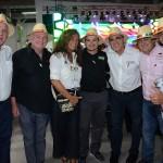 Mari Masgrau, do M&E, com expositores de Orlando