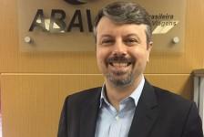 Renato Melo deixa Abav-SP