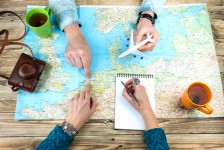 Pesquisa mostra que, pós-pandemia, brasileiro quer praia e viajar de avião