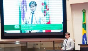 Abeoc completa 40 anos em Santa Catarina e premia entidades do trade