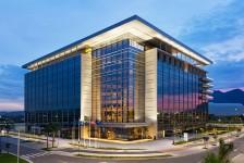 Hilton Barra aposta na marca e investe em novas tecnologias e ações promocionais