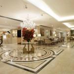 Lobby moderno e clean