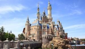 Disneyland Xangai recebe 10 milhões de visitantes e é parque mais popular da China