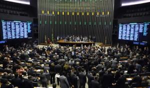 Congresso adia votação de MP que abre capital das aéreas; prazo termina em maio
