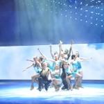 Turn it Up tem oito patinadoras e quatro patinadores