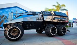 """Kennedy Space Center inaugura """"Verão em Marte"""" com veículo espacial"""