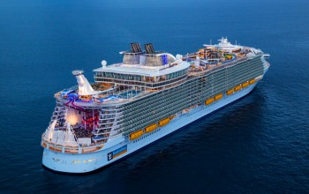 Royal Caribbean divulga vídeo da construção do maior navio do mundo; confira