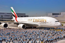 Emirates relembra chegada do 1° A380 em homenagem no Instagram; veja