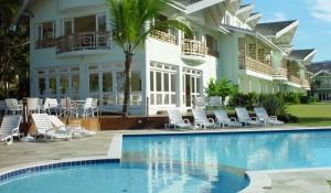 Rede Beach Hotéis procura gerentes para comercial e A&B