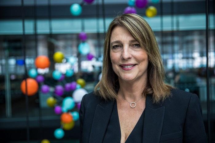 Carolyn McCall assumiu o poder executivo da EasyJet em 2010, vinda do Guardian Media Group onde também era CEO