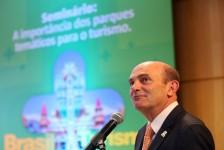 Greg Hale destaca potencial do Brasil para investimentos em parques temáticos