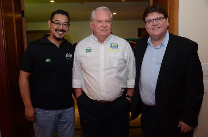 Marcel Ito, da Shift, Roy Taylor, do M&E, e Fernando Ferrero, da Bahiatursa