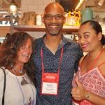 Mari Masgrau, do M&E, com Giovanni Grant e Raquel Carey, de Bahamas