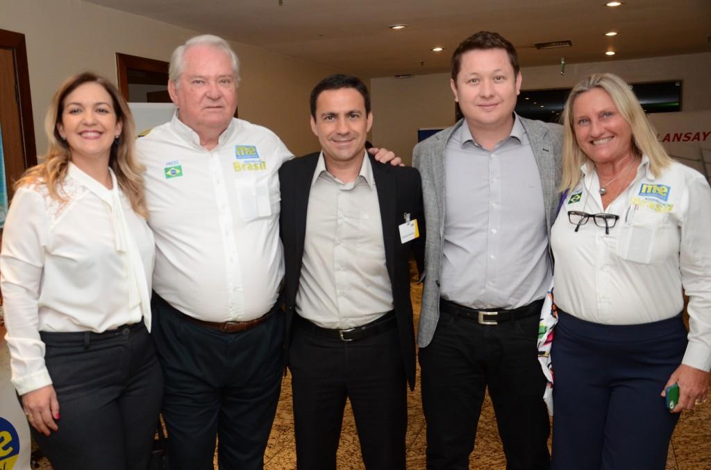 Marta Lobo, da CVC, Roy Taylor, do M&E, Rogério Mendes e Anselmo Breves, da CVC, e Rosa Masgrau, do M&E