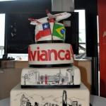 O bolo de comemoração do voo inaugural