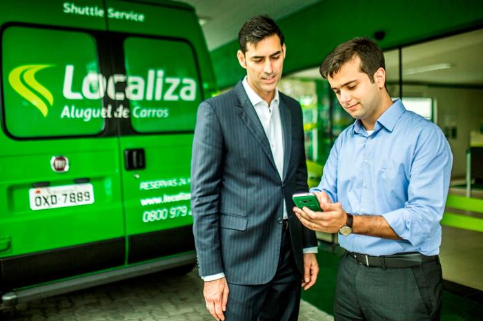 O diretor Guilherme Braz mostra como funciona o aplicativo_credito Juan Cogo_em alta