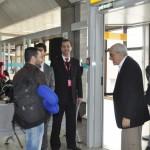 O fundador José Efromovich recepcionou os passageiros do voo inaugural