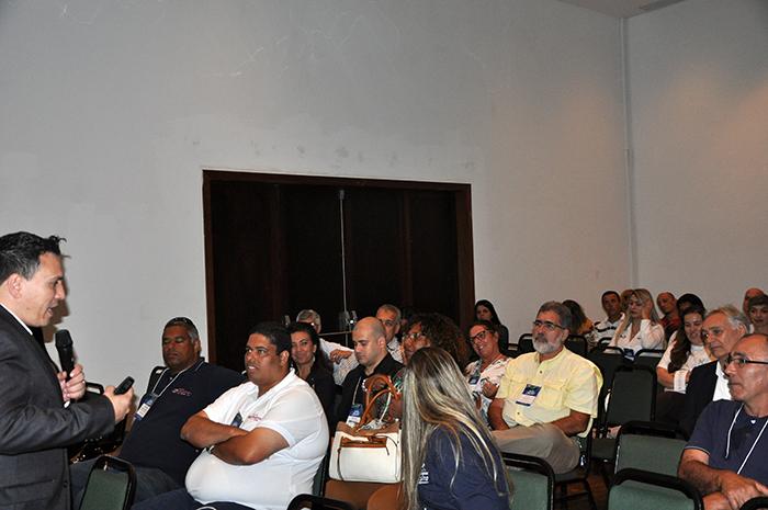 Sergio Velloso fala sobre influência e persuasão ao cliente