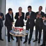 Avianca Brasil celebrou com bolo para o novo voo para Belo Horizonte em 2017