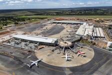 Falta de combustível obriga companhias a cancelarem voos para Brasília