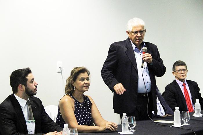 Leonardo Riul, Tete Bezerra e Adenauer Goes no debate