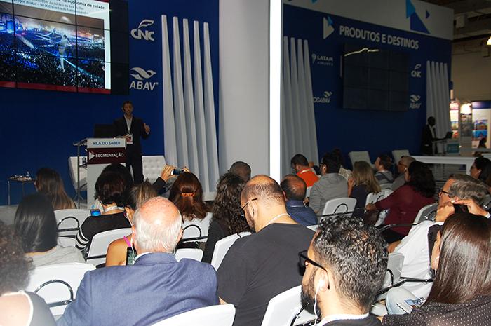 Arena Digital da Vila do Saber da ABAV Expo analisa panorama e propõe soluções para o turismo em plena era tecnológica