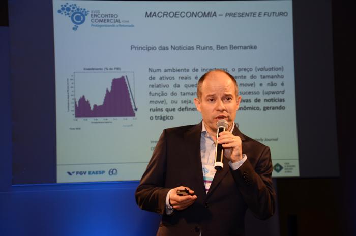 Ricardo Meirelles de Faria ressaltou ainda que o Brasil se encontra em 123o lugar no ranking que mede o empreendedorismo de cada país, o que afeta os índices do setor de serviços