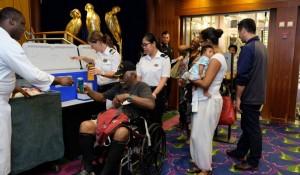 Furacão Irma: Royal Caribbean envia navios para dar assistência humanitária