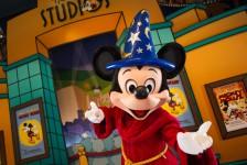 Mickey Mouse completa 89 anos; veja curiosidades do personagem