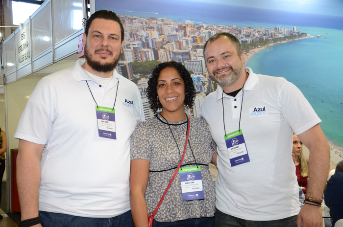 Daniel Brunod, Izabella Lessa e Alan de França, da Azul