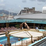 Deck com piscina
