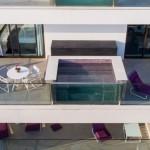 Essa foto tirada por drone mostra a piscina privativa da suíte (Divulgação/LSH)
