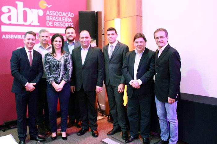 Nova diretoria da Associação Brasileira de Resorts