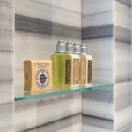 Produtos L'Occitane em todos os quartos e suítes (Divulgação/LSH)