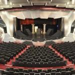 Teatro acomoda mais de mil convidados