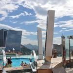 Umas das piscinas externas do MSC Preziosa