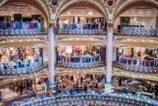 Galeries Lafayette fazem natal inspirado em Circo
