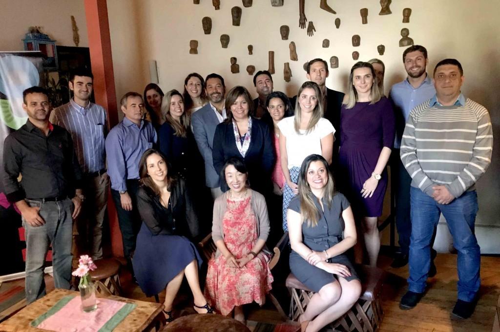 Diana Pomar com os operadores parceiros