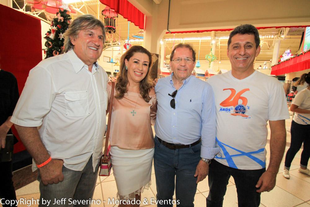 Leonel Pavan, Margot Rosenbrock Libório, ons _ visitors e Valdir Valendowisky, e Rogerio Siqueira CEO do parque