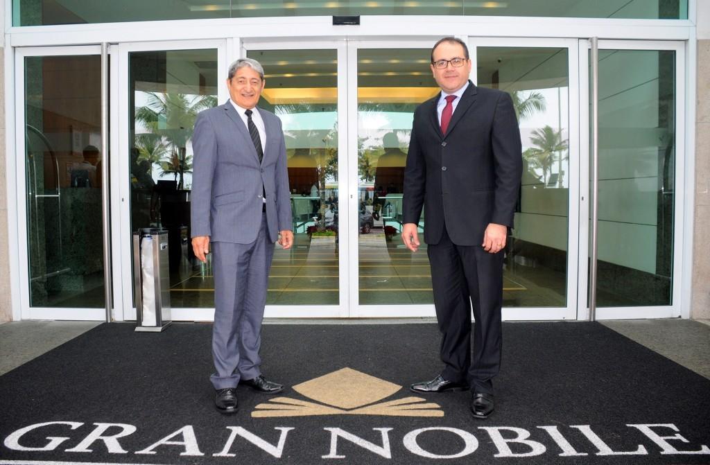 Mario Albuquerque, diretor de Operações, e Roberto Bertino, CEO do Grupo Nobile