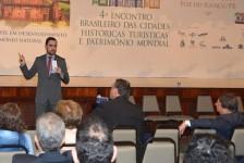 Embratur debate competitividade de parques naturais no Brasil