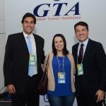 Rogerio Esteves e Gelson Popazoglo, da GTA, e Juliana Assumpção, da Aviesp