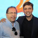 Valdir Valendowsky, da Santur, com Fabricio Oliveira, prefeito de Balneário Camboriú
