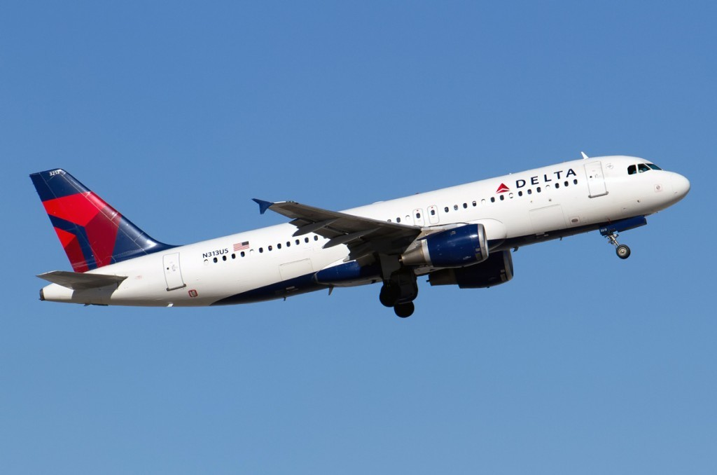 n313us-delta-air-lines-airbus-a320-211