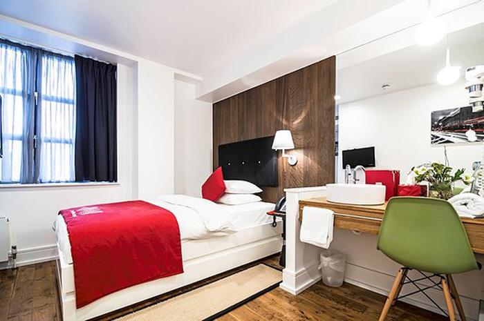 the-whitechapel-hotel