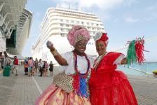 Salvador recebe primeiros navios de cruzeiro do ano
