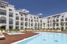 Resort em Portugal abre 400 vagas para emprego em diversas áreas