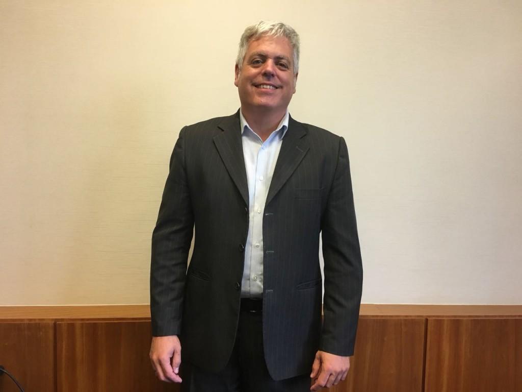 Ricardo Domingues volta a exercer o cargo de diretor-executivo da ABR