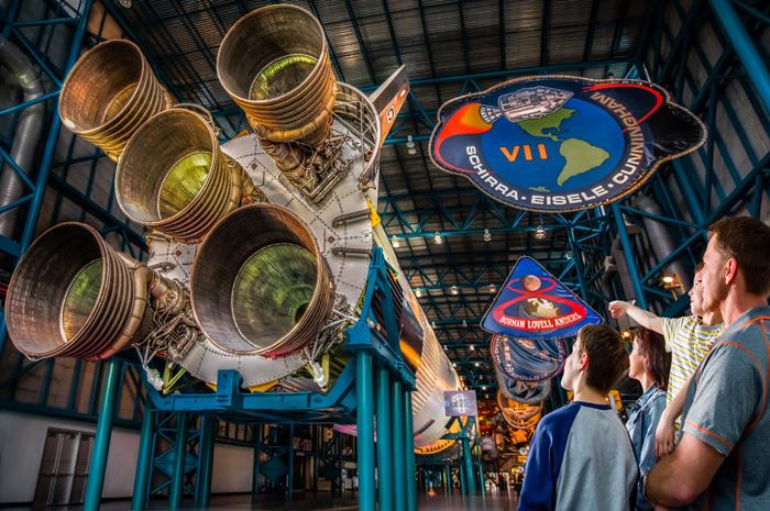 O Complexo possui uma das maiores coleções de veículos espaciais nos Estados Unidos
