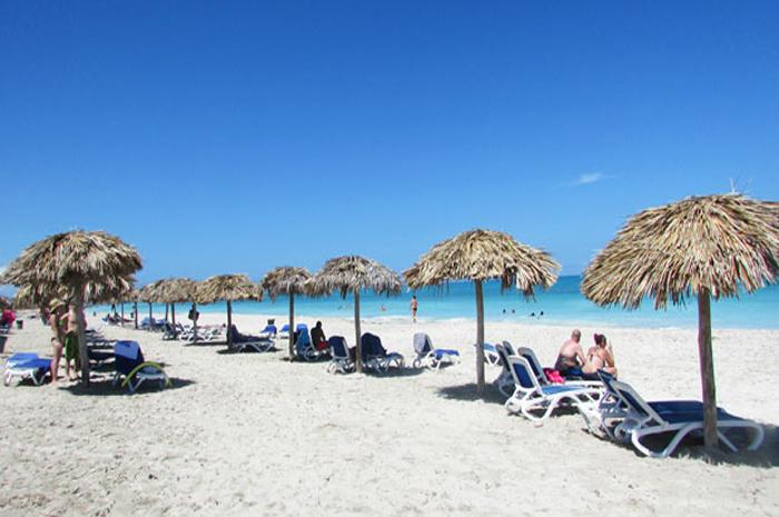 O novo estabelecimento abrirá no próximo domingo, 1º de dezembro, na praia de Varadero (Foto: Praia de Varadejo - arquivo TTC)